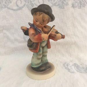 Hummel boy with a violin